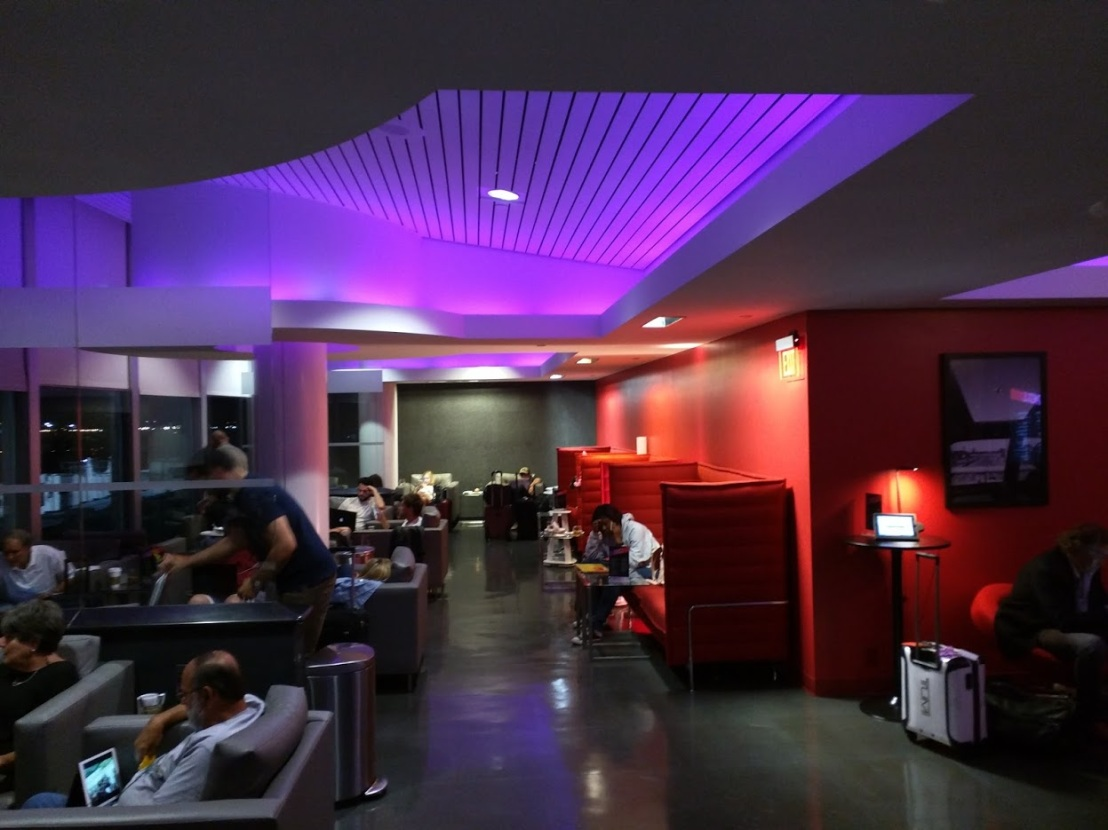 travel photos easy ways gain airport lounge access